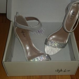 Beautiful party heels with rhinestones